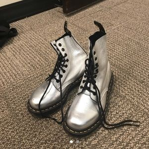 Dr Martens silver metallic boot